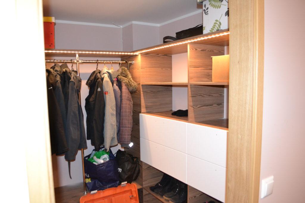 Garderoob 2