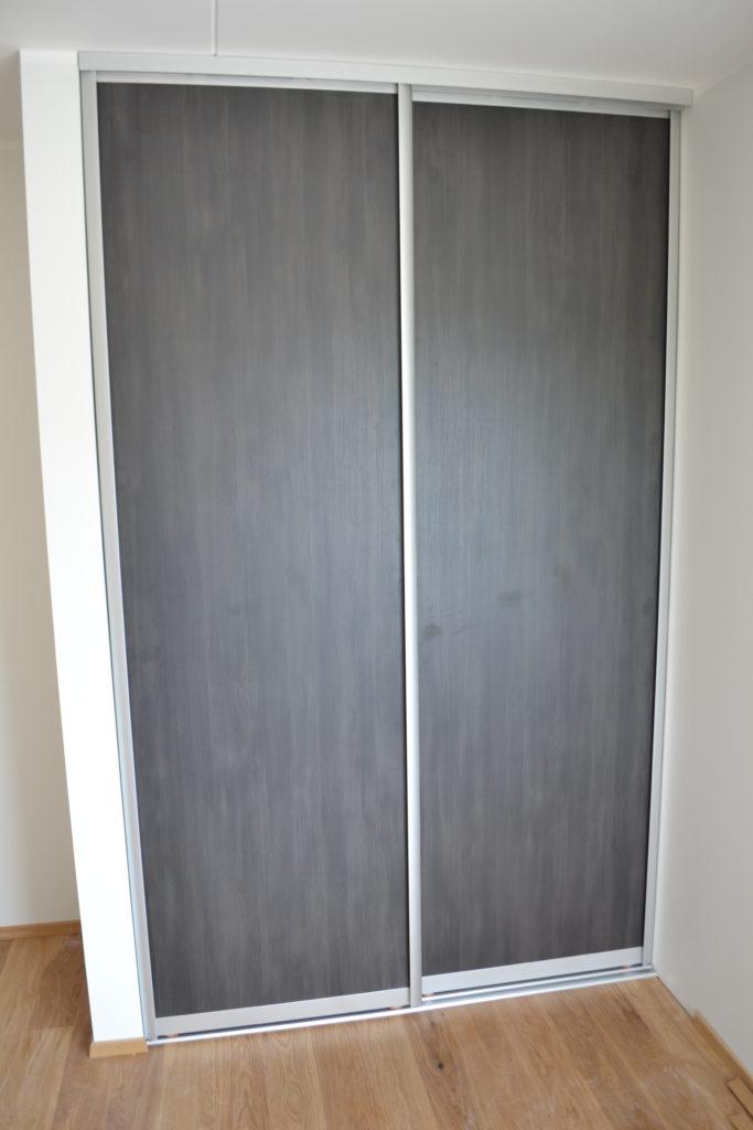 Garderoob 3
